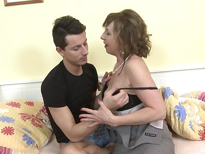 Big cock for mature with big tits in intimate hardcpre