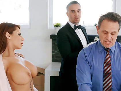 Horny chef is ready to anal fuck housewife