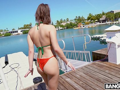 Bitch with plump ass Kira Perez gives her doper and gets fucked hard