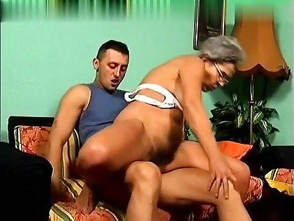 OMG Granny Got Butt Fucked WANDA Put emphasize ANAL GRANNY