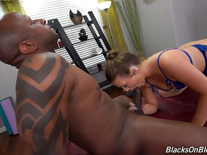Black man suits thick mature ungentlemanly with the biggest inches she ever sucked