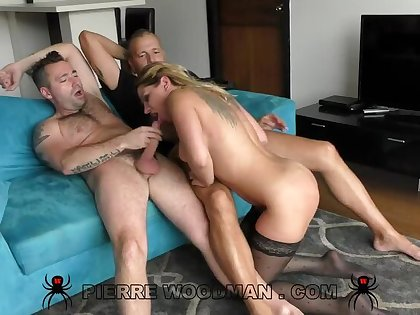 Angel Rivas - XXXX - Back to porn again with a threesome