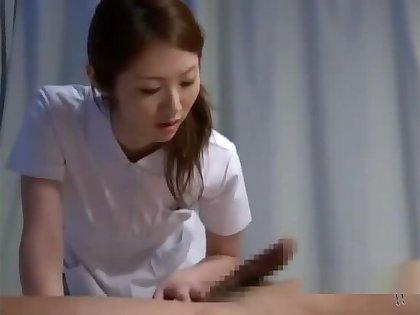 Nurse Giving Handjob Sucking Patient Cock On Hammer away Bed In Hammer away Hospital